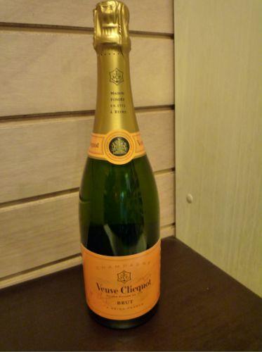Veuve Clicquot brut 75cl Image